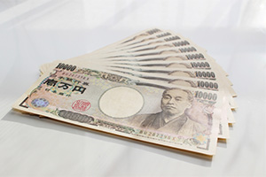 FXで月10万円稼ぐには