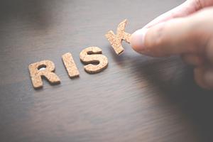FX自動売買土日稼働のリスク